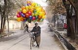 The man who sells balloons