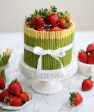 Matcha cake with strawberries