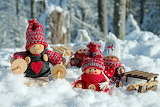 Winter Snow Doll Winter hat Heart Sled 555954 1280x853