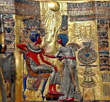 King Tut and wife with Aton