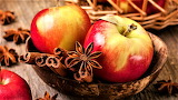 Apples & Cinnamon