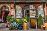 Entry to a restaurant, Warschau
