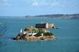 Phare de l' Ile de Louet et château du taureau