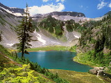 Bagley Lake, Mount Baker, Washington, USA