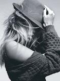 Black-and-white-fashion-hair-hat-model-photography-Favim com-609