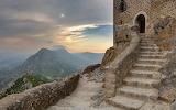 climb the stairs of quéribus, Aude