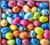 Eggs-in-colorful-foil-for-easter
