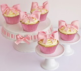 #Beautiful Cupcakes Topped with Big Pink Bows