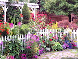 Pretty Cottage & Garden