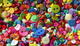 ☺♥ Buttons in different shapes, sizes and colors...