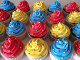 Colours-colorful-cupcakes