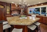 Kitchen (6 of 16)