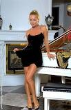 Piano black dress9