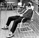 Elvis Takes a Break