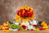 Roses-Autumn-Still-life-Grapes-Vase-Foliage