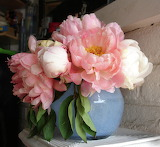 Pink-peonies-in-blue-vase