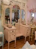 Shabby chic dresser in pink