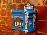 ☺ Old mailbox...