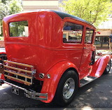^ 1931 Ford