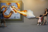La fillette et le dragon, Magic Art, China, 2012
