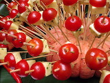 Cherry-tomatoes-and-cheese-