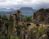 Steinige Brücke