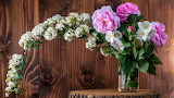 Flowers, branches, stump, roses, bouquet, wooden wall, blooming