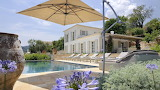Beautiful mansion, garden and pool in Provence