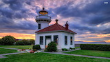 Sunset-over-the-lighthouse