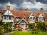 Tudor-Cottage-England