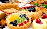 Distintos postres de frutas