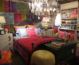 Bedroom-bohemian-style-bedroom-design-romantic-decor-small-bedro