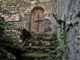 Vecchio portone del castello