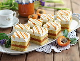 Apricot-filled cake