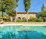 Rural woodland Tuscan villa and pool in Italy