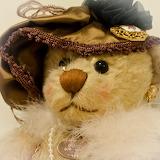 "Gerri's Antique Bear -""Doris"""