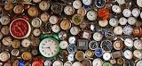 Lots-of-clocks-1725x810 28340 32673