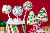 Colours-Colorful-Christmas-Cake-Pops