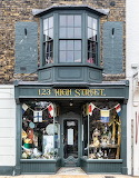 Shop London UK 123 High Street