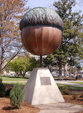 Of Things Giant - Acorn Statue