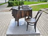 Gumbinnen/Gusev, sculpture for a local newspaper