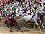 Siena - Oca vince Palio 2.7.2013 Tittia e Guess superano Torre