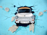Graffiti-berlin-wall-trabi