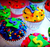 #Colorful Birthday Cupcakes with Fondant Stars