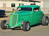 Ford Rod 1934 green