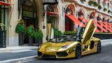 golden lamborghini car