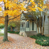 ^ Fall in Colonial Williamsburg, Virginia